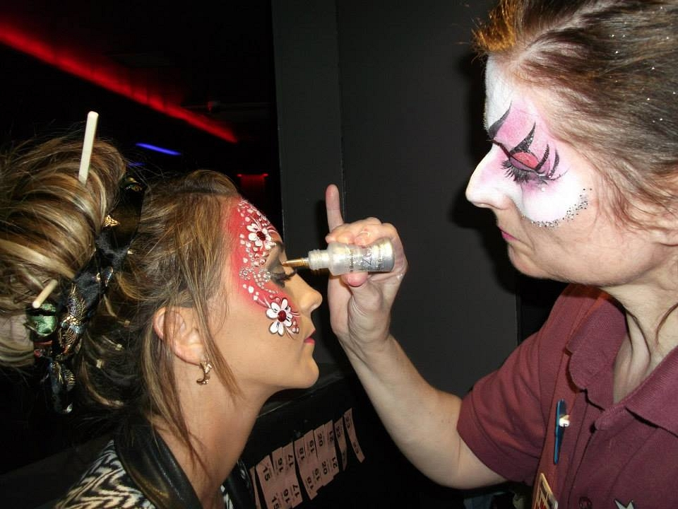 Diamond Faces – The Professional Face Painting Team (for adults & kids)